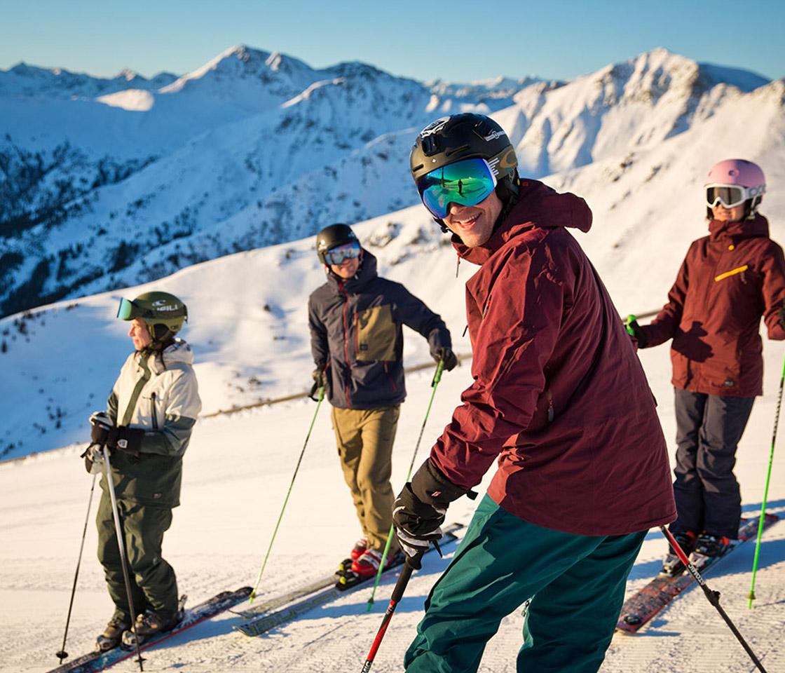 Skifahren im Skigebiet Saalbach Hinterglemm Fotorechte saalbach.com | Mirja Geh