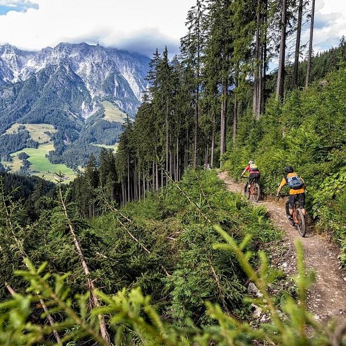 Fotorechte: © saalbach.com, Nathan Hughes, Sommer, Biken, Mountainbike, Sommerurlaub, Salzburger Land, Saalbach Hinterglemm, HF24, HolidayFlats24, Appartements, Ferienwohnungen